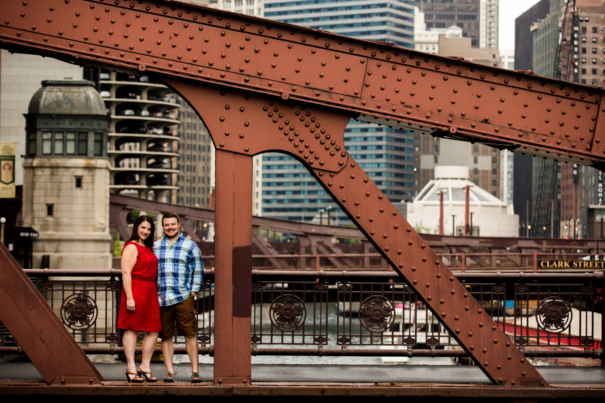Christina + Chris – downtown Chicago engagement session