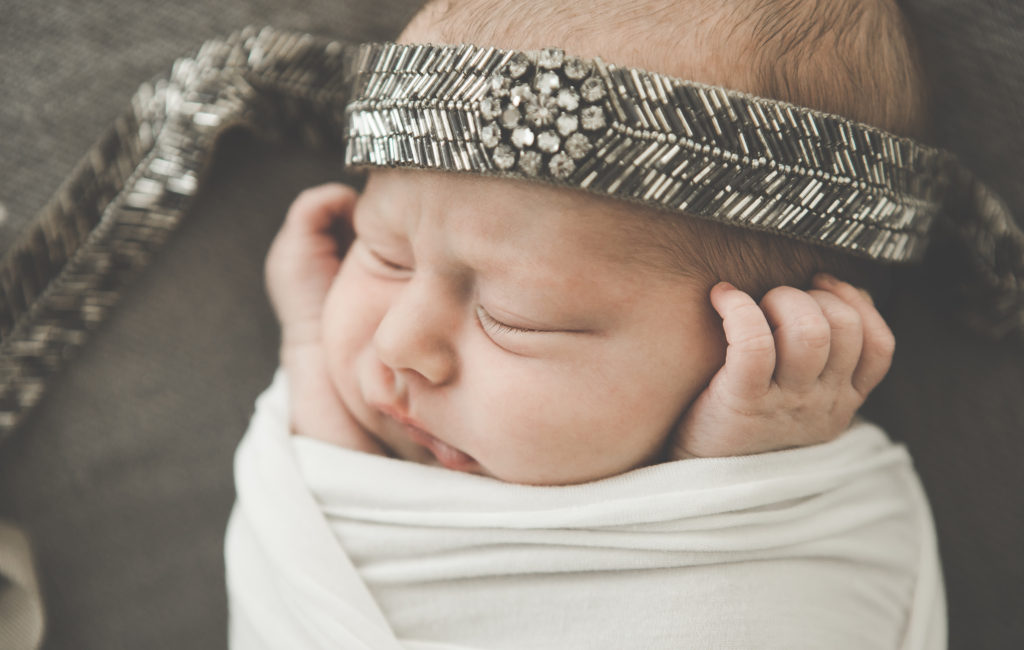 Newborn Portraits – Chicago Photo Studio